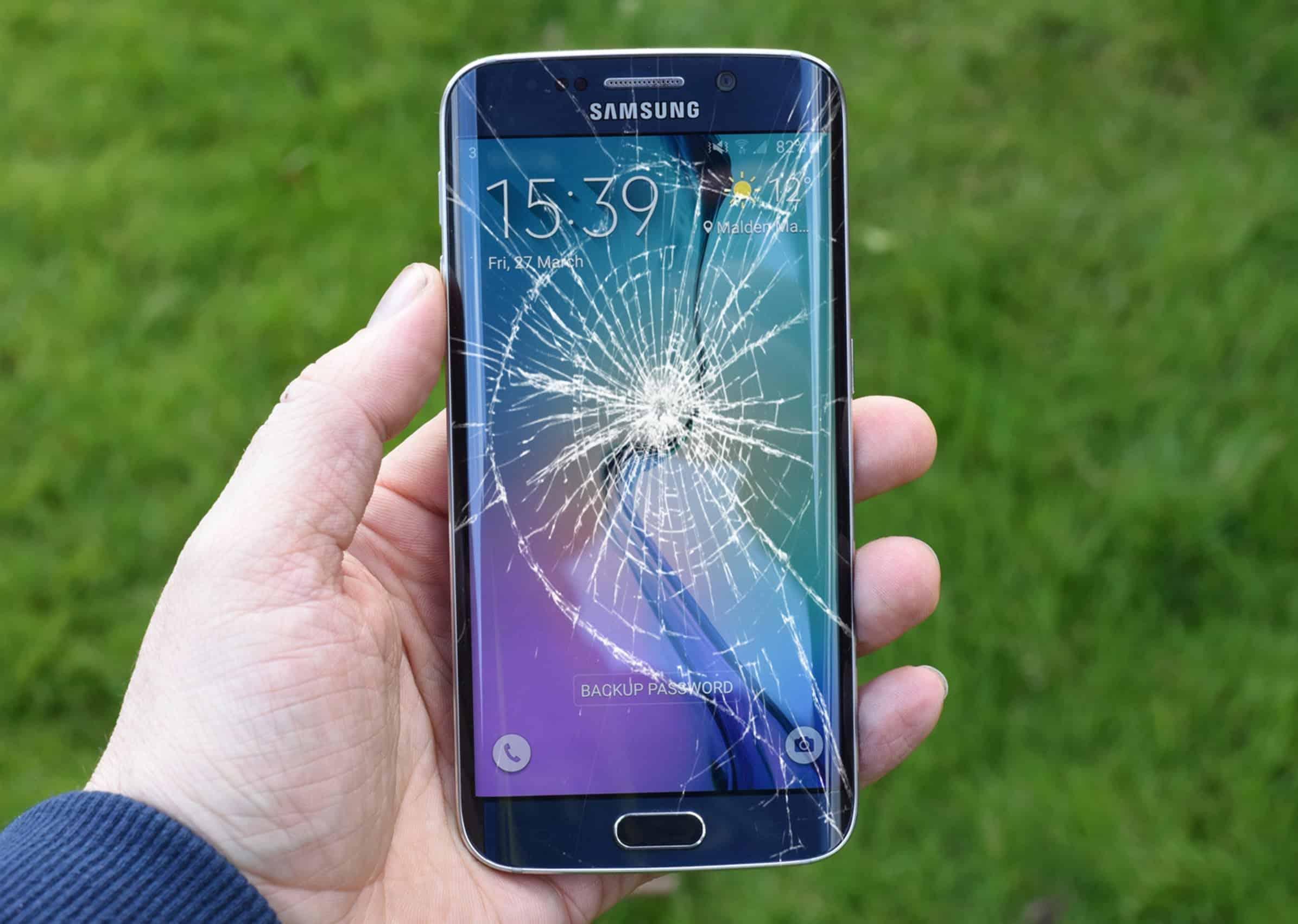 Điện thoại Samsung cần thay màn hình nguyên bộ