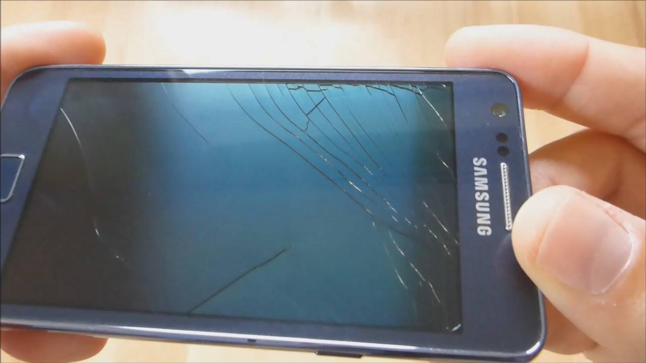 Màn hình Samsung A3 bị vỡ cần được thay mới