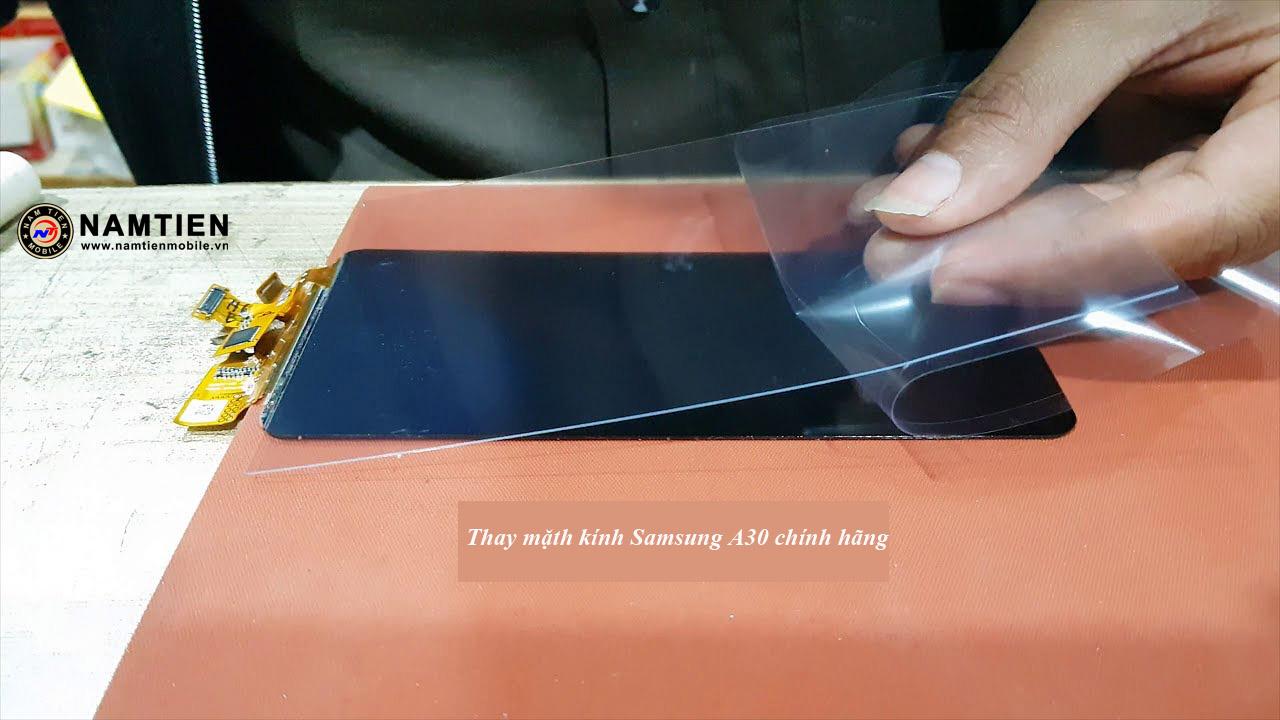 Thay mặt kính Samsung A30 giá rẻ